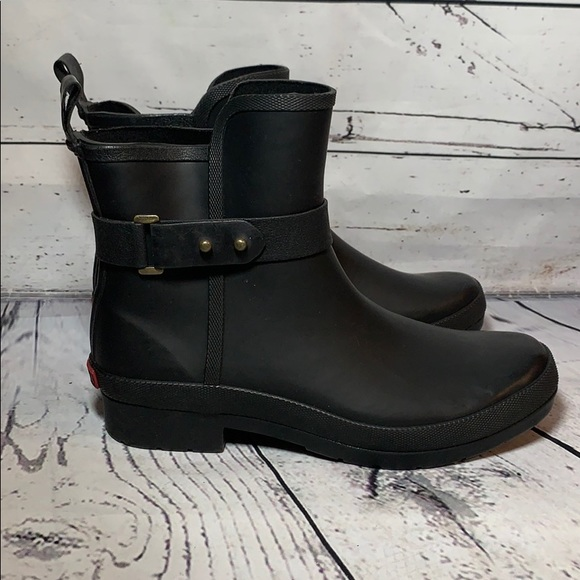 chooka Shoes | Sidewalk Bootie Black